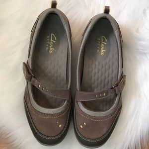 Clarks Privo Walking Shoes Size 6.5 M